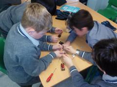 SESE - Constructing Circuits