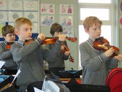 Violin class in 3.2