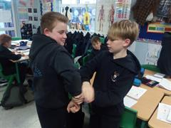 Maths - Measuring angles and ratios using our bodies