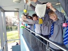 Science - Gravity & Parachute Challenge